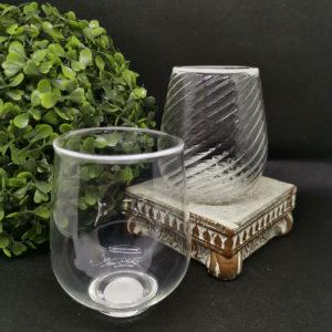 murano wineglass